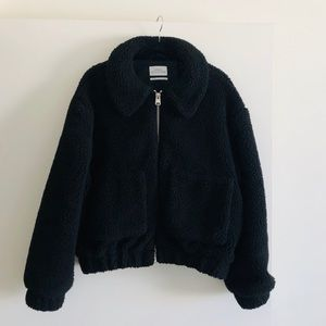 UO Cropped Teddy Jacket